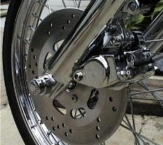 Chrome front caliper and spokes